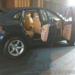 Porsche Macan R4 doors open