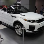 Range Rover Evoque Convertible front three quarters at 2016 Bogota Auto Show