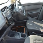 Renault Kwid 1.0L Easy-R AMT floor console Review