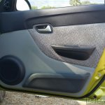 2016 Maruti Alto 800 (Facelift) door panel Review