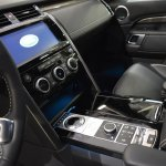 2017 Land Rover Discovery centre console and centre tunnel at 2016 Bologna Motor Show