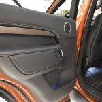 2017 Land Rover Discovery door panel at 2016 Bologna Motor Show
