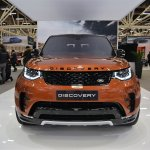2017 Land Rover Discovery front at 2016 Bologna Motor Show