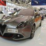 Alfa Romeo Giulietta Veloce front three quarters at 2016 Bologna Motor Show