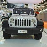 Jeep Wrangler Rubicon front at 2016 Bologna Motor Show