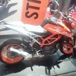 KTM Duke 390 side at New York IMS live