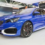 Peugeot 308 R HYbrid concept front three quarters at 2016 Bologna Motor Show