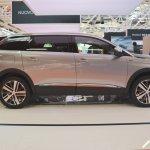 Peugeot 5008 side at Bologna Auto Show