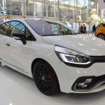Renault Clio R.S. Trophy 220 front three quarters at 2016 Bologna Motor Show