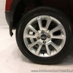 2017 Mahindra KUV100 anniversary edition dual tone wheel