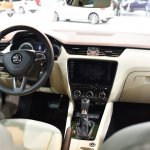 2017 Skoda Octavia (facelift) dashboard at 2017 Vienna Auto Show