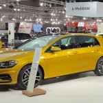2017 VW Golf (facelift) front three quarters left side at 2017 Vienna Auto Show