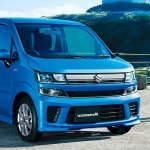2017 Suzuki Wagon R front three quarters right side