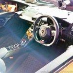 Lamborghini Huracan RWD Spyder interior