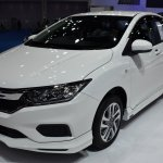 2017 Honda City Modulo (facelift) front three quarter at the BIMS 2017