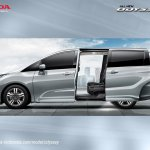 2017 Honda Odyssey (facelift) left side door open