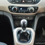 2017 Hyundai Grand i10 1.2 Diesel (facelift) gear lever Review