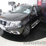 2017 Nissan Terrano (facelift) front quarter launched