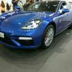 2017 Porsche Panamera front three quarters left side second image
