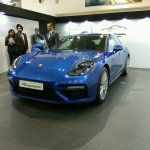 2017 Porsche Panamera front three quarters left side