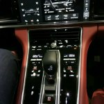 2017 Porsche Panamera frontcentre console
