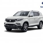 2017 Ssangyong Rexton (Mahindra XUV700) front three quarter unveiled