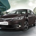 2017 Toyota Corolla (facelift) front three quarters