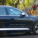 Audi SQ7 TDI (LHD) side spied testing in Mumbai