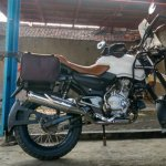Bajaj Pulsar modified as Royal Enfield Himalayan side view