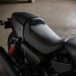 Harley Davidson Street Rod 750 seat
