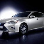 Lexus ES 300h front three quarters