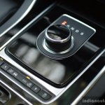 New Jaguar XF 2.0 Diesel Pure floor console Review