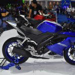 Yamaha R15 v3.0 at BIMS 2017 side
