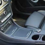 2017 Mercedes CLA (facelift) floor console Review