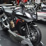 Honda CBR650F at BIMS 2017 front three quarter