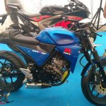 Suzuki GSX-R150 cafe racer side