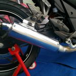 TVS Apache RTR 200 track experience at MMRT exhaust canister