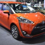 Toyota Sienta front three quarters right side at 2017 Bangkok International Motor Show