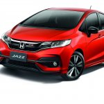 2017 Honda Jazz (facelift) front three quarters left side