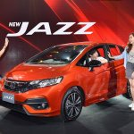 2017 Honda Jazz (facelift) front three quarters left side Thai launch