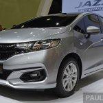 2017 Honda Jazz hybrid front three quarters