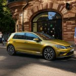 2017 VW Golf MkVII (facelift) front three quarter launched in South Africa