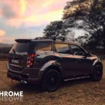 Mahindra XUV500 Mad Men custom accessories side