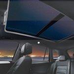 Volkswagen Tiguan studio sunroof