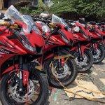 Yamaha R15 v3.0 Vietnam dealership front three quarter