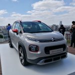 2017 Citroen C3 Aircross front three quarters right side scenic image