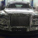 2018 Rolls-Royce Phantom front spy shot