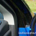 Jeep Compass door hinge review