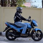 TVS Victor review motion side