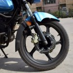 TVS Victor review still front disc